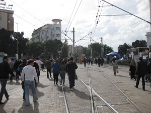 Tunis-station-La Republique-departing-passengers